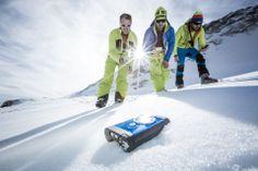Ortovox Safety  Academy sistemi A.R.T.VA su www.Sports-Tech.eu #valanghe #avalanche #ortovox #A.R.T.VA #artva Volunteers Around The World, Skiing, Safety, Training, Sports, Self, Ski, Security Guard, Hs Sports