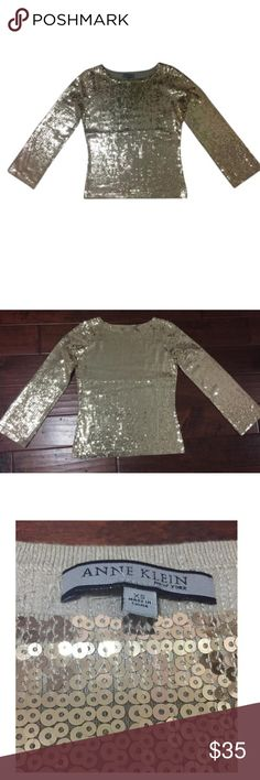 NWT Anne Klein gold top Size XS. New with tags. Gold sequins top. Anne Klein Tops Blouses