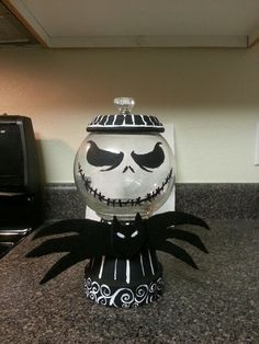 sandylandya@outlook.es  Nightmare before Christmas gumball machine diy