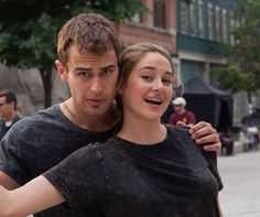 ; NEW/OLD Behind the scenes picture of Theo James and Shailene Woodley on the set of Divergent in 2013! [via @shailenewoodleyarmy] This is my new favorite picture!