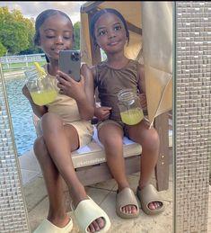 Cute Mixed Babies, Cute Black Babies, Beautiful Black Babies, Beautiful Children, Cute Babies, Black Baby Girls, Black Kids, Cute Baby Girl, Cute Kids Fashion