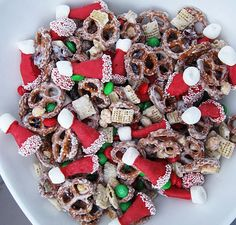 santa hat chex mix