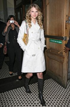 Taylor Swift Photos - Taylor Swift Leaving Landmark Hotel In London - Zimbio