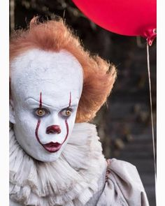 SURPRISED PENNYWISE ??? .