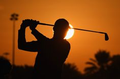 Rory McIlroy of Northern Ireland in action during the first round of the Abu Dhabi HSBC Golf Championship at the Abu Dhabi Golf Club on January 15, 2015 in Abu Dhabi, United Arab Emirates. (January 14, 2015 - Source: Ross Kinnaird/Getty Images Europe)