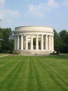Tomb of President Warren Harding, OH Cemetery Headstones, Cemetery Art, Us History, American History, Warren Harding, Grave Monuments, Famous Tombstones, Presidential History, Famous Graves