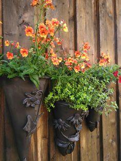 Blumentopf für die Wand keramiktrichter