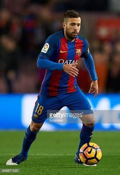 Fotografía de noticias : Jordi Alba of Barcelona in action during the La...