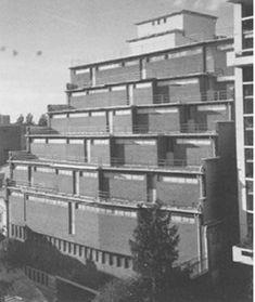 Garde-meuble Odoul (1931-1933) 5, Villa Marcel Lods (niveau du 8, passage de l'Atlas) Paris 75019. Architectes : Eugène Beaudouin et Marcel Lods.