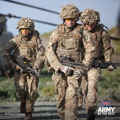 Can you lead from the front? If you're 18 and have good A Levels, you could be the one to lead our soldiers over mountains, under water and around the world. #ArmyJobs #Teamwork #ArmyOfficer