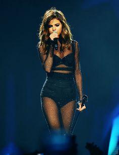 Selena Gomez Latest, Selena Gomez Tour, Selena Gomez Photoshoot, Selena Gomez Cute, Selena Homez, Selena Gomez Wallpaper, Female Singers, Celebrity Singers, Marie Gomez