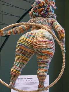 curvy crochet beauty - Ok. It is pretty cool but don't think I'd waste my time.