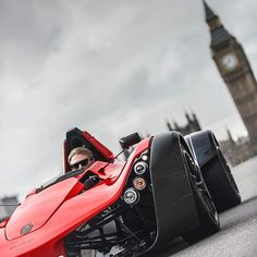 One of my favourite cars, the @discovermono shot for @hrowen #DriveMagazine with @oliverjameswebb driving