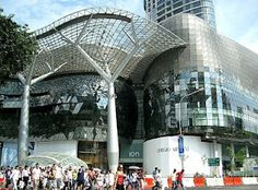 Orchard Road Famous Tourist Attractions In Singapore  Tourism destinations do not always have the natural or cultural elements that offer creativity or uniqueness of outward beauty. At least that's what Singapore has to offer while working on the world tourism.