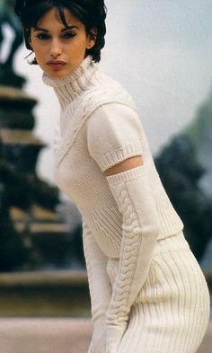 Fall and knitted sweaterdress ♥✤ Knitwear Fashion, Knit Fashion, Mode Crochet, Maxi Robes, Knit Sweater Dress, Sweater Dresses, Fashion Mode, Sweater Weather, Autumn Winter Fashion
