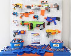 Sweeten Your Day Events: Nerf War Birthday Party Nerf Birthday Party, Nerf Party, 11th Birthday, Birthday Ideas, Pistola Nerf, Party World, Diy Birthday Decorations, Party Time, Nerf Gun