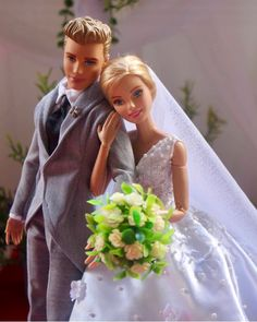 "16 Jul 2018 — I Love Cilen Dolls™ ( on IG: ""Let's all welcome the newly wed Mr & Mrs. Barbie Style, Barbie Y Ken, Barbie Sisters, Barbie Family, Barbie Life, Barbie World, Barbie Wedding Dress, Barbie Dress, Wedding Dresses"