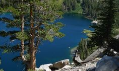 Image from http://cdn.allmammoth.com/images/content/11770_11725_Lake_George_Mammoth_Lakes_California_md.jpg.