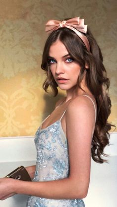 Welcome to RealPalvinBarbara, your source for everything related to Hungarian supermodel and Victoria's Secret Angel, Barbara Palvin. Barbara Palvin, Img Models, Elle Fanning, Girl Photo Shoots, Photo Portrait, Armani Beauty, Portraits, Face Makeup, Sfx Makeup