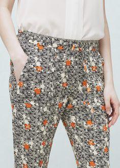 Pantaloni stampati fluidi