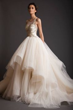 1f4dcb5433df6 12 Wedding Gowns That Will Make You Feel Like A Princess