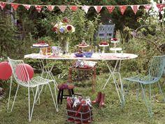 Garden party! Come organizzare una festa in giardino secondo le regole del bon ton
