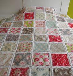 Fusión quilt patchwork con borde de ganchillo listo para