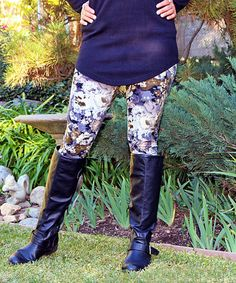 Take a look at this Purple & White Floral Leggings on zulily today!