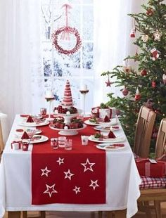 50 Stunning Christmas Table Settings | Pinterest | Dining, Holidays ...