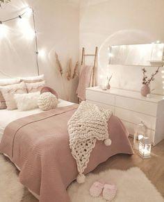 Cute Bedroom Decor, Bedroom Decor For Teen Girls, Cute Bedroom Ideas, Girl Bedroom Designs, Room Ideas Bedroom, Teen Room Decor, Stylish Bedroom, Bedroom Inspo, Cozy Teen Bedroom
