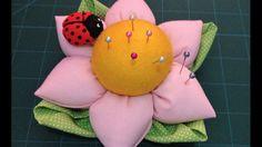 PAP: Alfineteiro de flor de fuxico