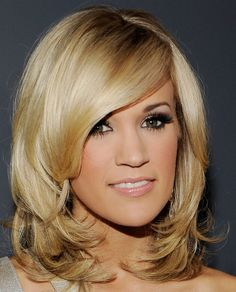 Carrie Underwood shoulder length style, maybe i could do this now.. i am in need of a trim-ski..