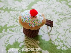 Check out my stuffed cupcake keychain tutorial!