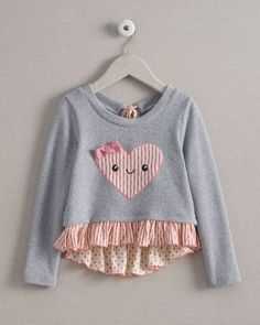 harajuku lovers® girls ruffle emoji heart top