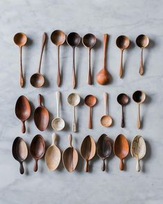 Wooden spoons and scoops for serving pantry scooping and more Zero waste plastic-free utensils Kitchen Dining, Kitchen Decor, Chaise Vintage, Wood Spoon, Sustainable Living, Zero Waste, Kitchen Accessories, Utensils, Kitchenware
