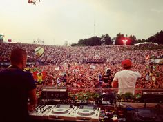 So last year, fellow bloggers Sam Owers, Sandro Marcos and myself, were lucky enough to hit Tomorrowland Festival in Belgium. I know we talk about it a lot, but honestly, words cannot describe how incredible it is! Who better to act as mascots for the festival, than the legendary brothers, Dimitri Vegas and Like Mike, who live only round the corner from the festival site in Boom. The public were first given a glimpse of Mammoth in the Tomorrowland 2012 after-movie (which is well worth a…
