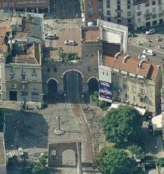 Porta Ticinese, Milano, Italia (architettura fortificata)