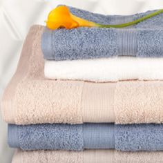 Lovely towel colours.. Still thinking perhaps grey though