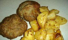 Συνταγή για αφράτα μπιφτέκια με πατάτες στο φούρνο