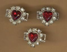 #vintage rhinestone #heart connectors #beadtopiavintage #vintage connector #rhinestone heart