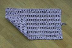 Hæklet håndklæde fra Drops