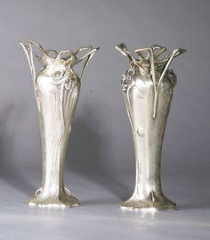 The Antique Traders - Art Nouveau Silver/Bronze Vases Antique Art, Antique Silver, Vintage Silver, Vintage Art, Art Nouveau Design, Design Art, Chandeliers, Vases, Jugendstil Design
