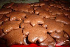 Mäkké medovníčky, ktoré nesmú chýbať na vianočnom stole. Xmas Cookies, Cake Cookies, Fall Recipes, Sweet Recipes, Baking Recipes, Cookie Recipes, Spice Bread, Cookies Et Biscuits, Ice Cream Recipes
