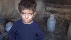 Estremecedor vídeo de un niño sirio: «Tengo tanta hambre que he comido hierba»