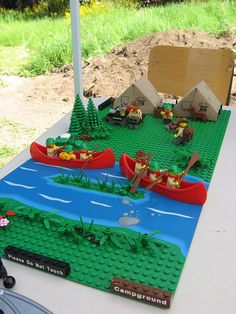 Campground Challenge by Tedward, via Flickr Lego Projects, Projects For Kids, Lego Friends Storage, Diy Crafts For Kids, Diy For Kids, Lego Village, City Layout, Lego City Sets, Lego Boards