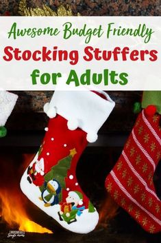 Do you want to fill the Christmas stockings with unique gifts, stay frugal and not look cheap? It is a big order to fill, but these gifts will fill the stockings on the cheap. Check them out! These ideas are awesome! Stocking Fillers For Adults, Stocking Stuffers For Adults, Cheap Stocking Stuffers, Christmas Stocking Stuffers, Christmas On A Budget, Cheap Christmas, Christmas Mom, Magical Christmas, Christmas Ideas