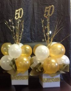 - - Balloon iDeas If you have chosen the theme of your party, you can decorate it with specially designed balloons. You can color your place with balloons and make your dream party. If you are going to have a birthday party, you 50th Wedding Anniversary Decorations, 50th Birthday Party Decorations, 70th Birthday Parties, 50th Party, Cake Decorations, Party Wedding, 50 Birthday, 50th Anniversary Parties, 70th Birthday Party Ideas For Mom