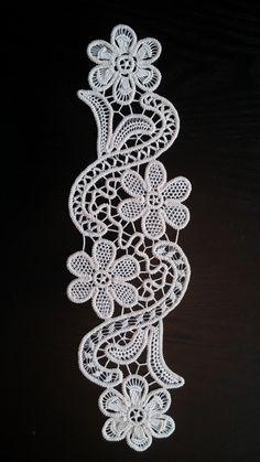 Point Lace Romanian Style Crochet Doily Ivory by ValeriasShop