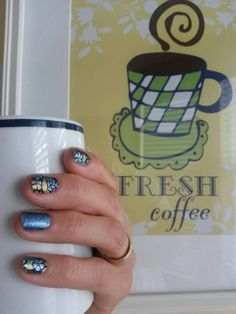 I am loving this combo!  Rio Vibes, Fountain of Youth, and my morning coffee!  #goforgold #riovibesjn #fountainofyouthjn amyrobbins.jamberry.com