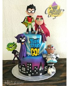 Teen Titans Go cake Teen Birthday, Birthday Cake Girls, 13th Birthday Parties, Supergirl Cakes, Raven Teen Titans Go, Girl Superhero Party, Best Cake Ever, Party Cakes, Ideas